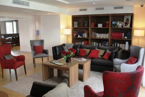Espace commun-residence-senior-sevre-cour-des-lys