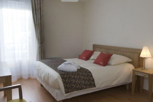 Rumilly-senior-ville-chambre