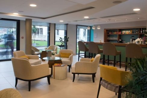 bar-residence-senior-parc-de-jade-domitys