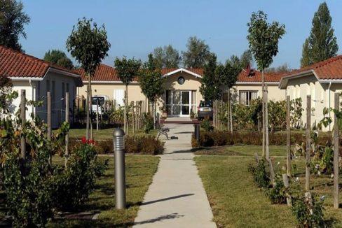 exerieur-residence-senior-bergerac-senioriales