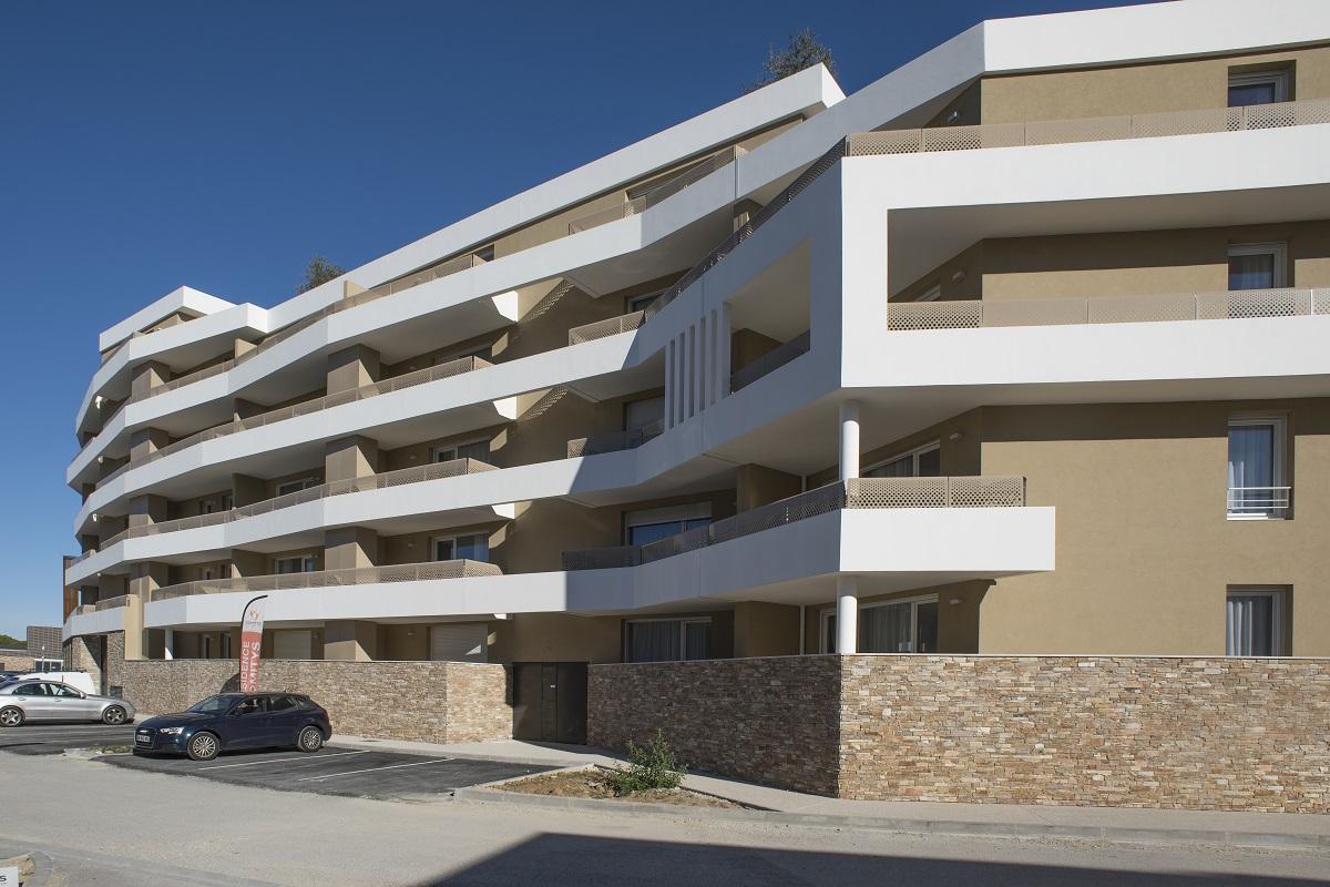exterieur-residence-senior-castelnau-domitys2