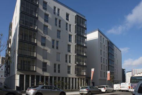 exterieur-residence-senior-le-pont-des-lumieres-domitys