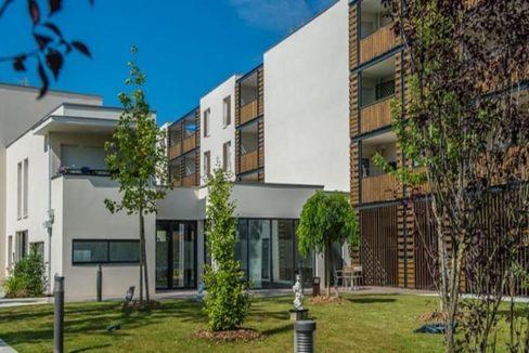 exterieur-residence-sneior-bruges-senioriales