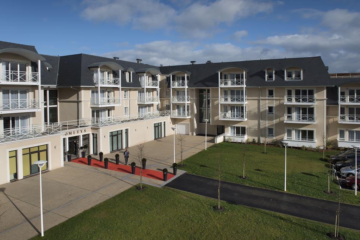 facade-exterieur-residence-senior-Cabourg