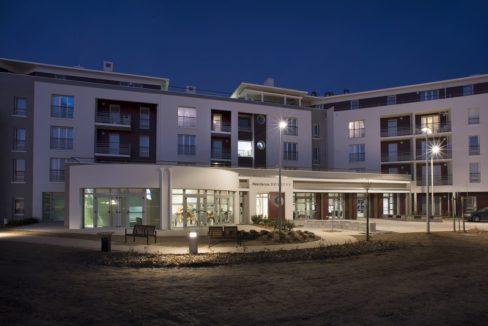 facade-exterieur-residence-senior-St-Gilles