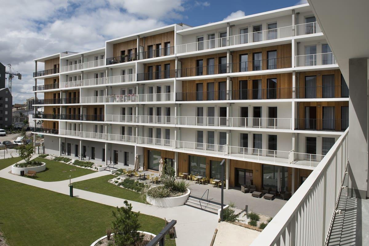 facade-exterieur-residence-senior-domitys-mellesime