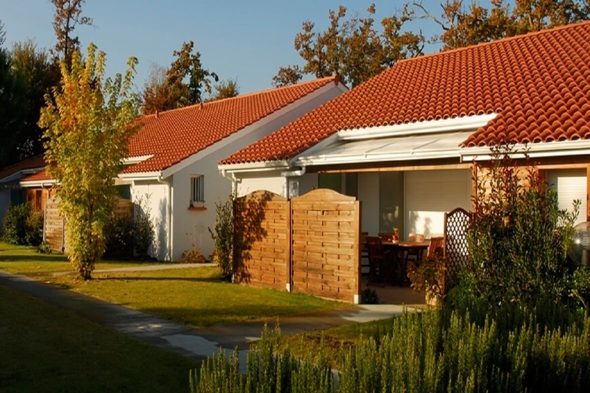 facade-residence-seior-le-teich-village-senioriales