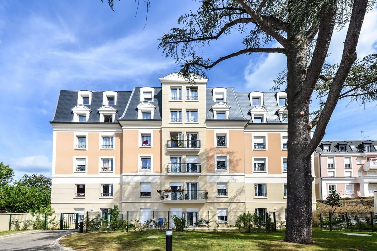 facade-residence-senior-avon-jda