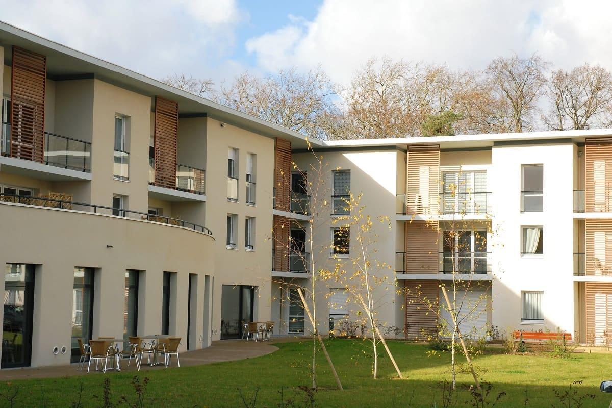facade-residence-senior-domitys-parc-balsan