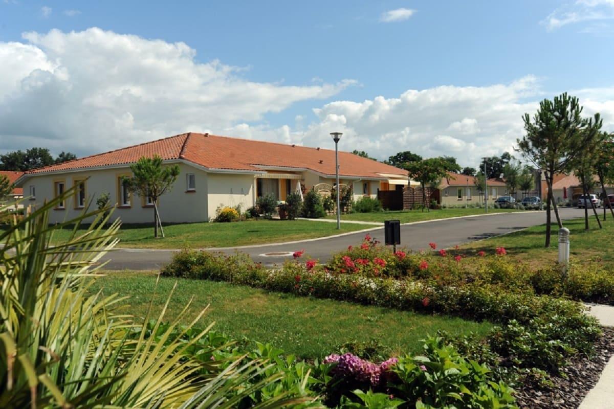 facade-residence-senior-hinx-senioriales