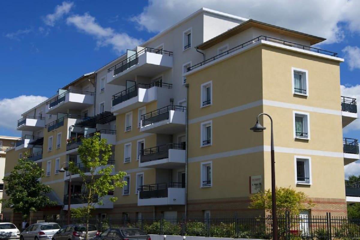 facade-residence-senior-luce-senioriales