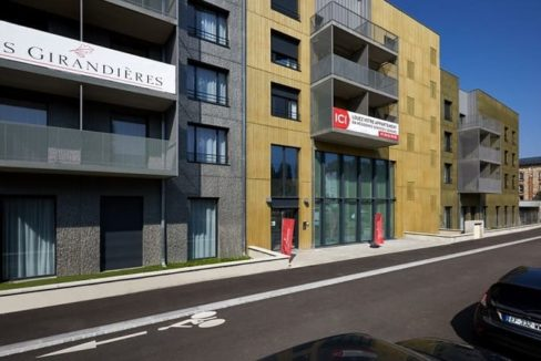 facade-residence-senior-mulhouse-girandieres