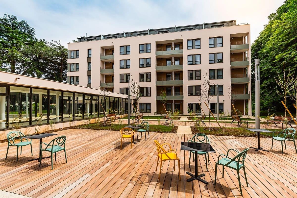 facade-residence-senior-villefranche-jda