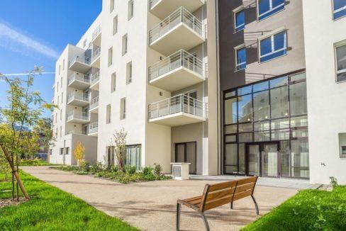 facade-residence-senior-villeurbanne-girandieres