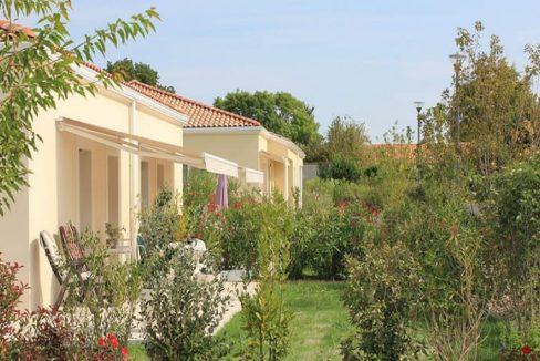 jardin-residence-senior-medicis-senioriales