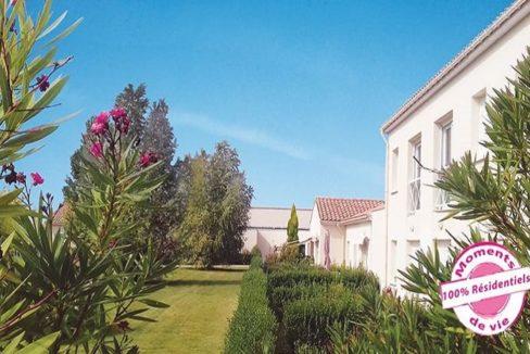jardin-residence-senior-rochefort-residentiels