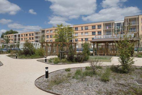 jardin-residence-seniors-romorantin-domitys