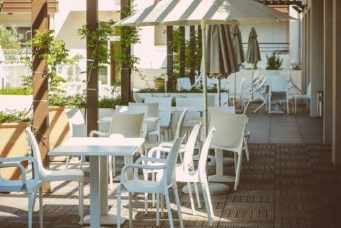 occitalia-uzes-terrasse