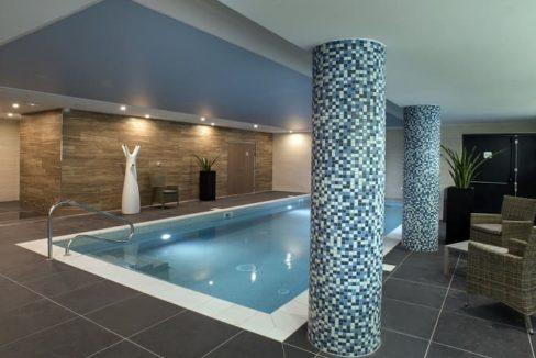 piscine-chambre-residence-senior-domitys