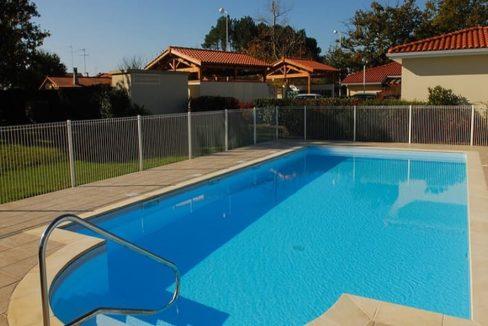 piscine- les senioriales - Biscarosse