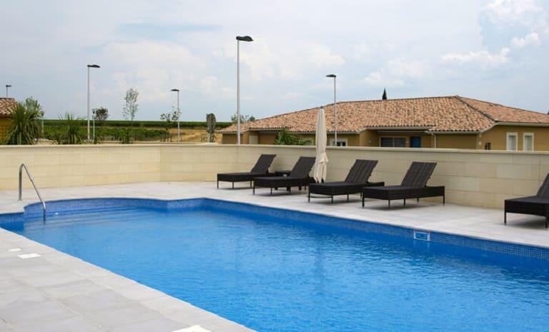 piscine-les-senioriales-bassan