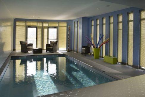 piscine - residence-senior-St-Gilles