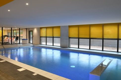 piscine-residence-senior-ajaccio-domitys
