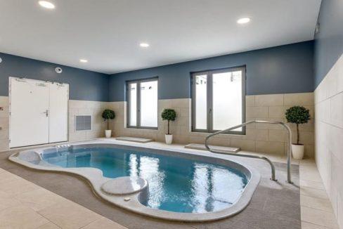 piscine-residence-senior-bordeaux-ovelia