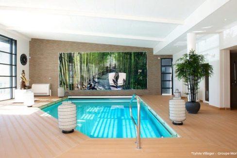 piscine-residence-senior-bouc-bel-air-montana