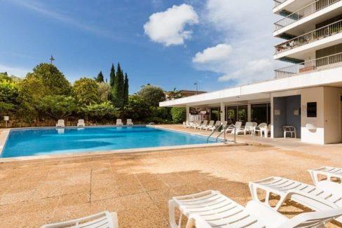 piscine-residence-senior-cannes-jda