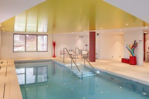 piscine-residence-senior-domitys-agen