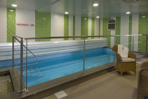 piscine-residence-senior-jardins-de-reverdy-domitys