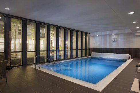 piscine-residence-senior-le-pont-des-lumieres-domitys