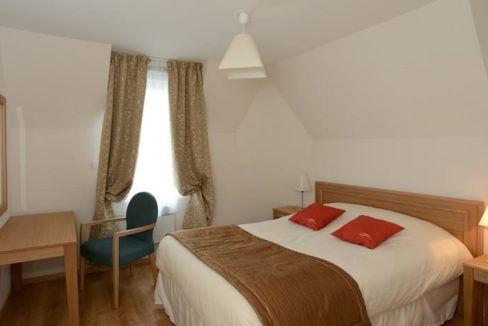 residence-seniors-courseulles-domitys-chambre