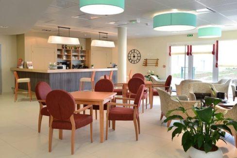 residence-seniors-courseulles-sur-mer-domitys-bar