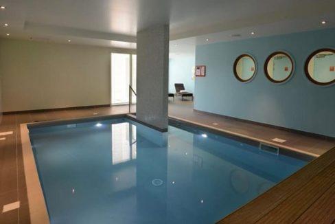 residence-seniors-courseulles-sur-mer-domitys-piscine
