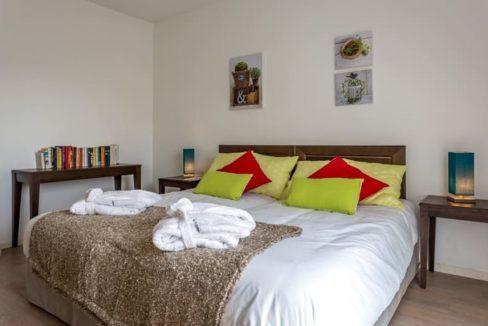 residence-seniors-epernay-la-girandiere-chambre