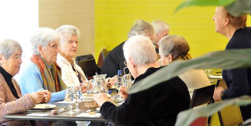 residence seniors les essentielles montauban repas