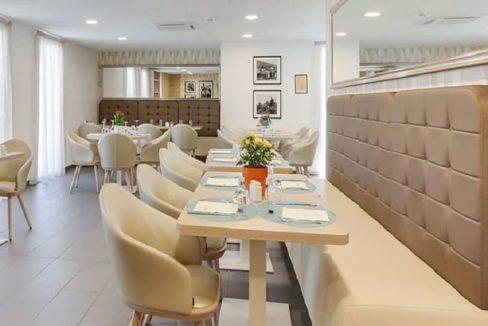 restaurant-residence-senior-bourgoin-girandiere