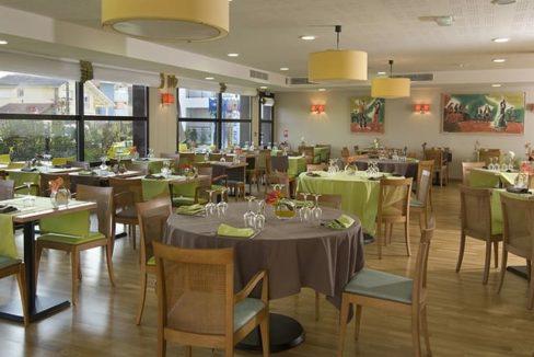 restaurant-residence-senior-dax-domitys
