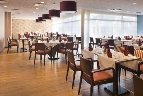 restaurant-residence-senior-douarmenez-domitys