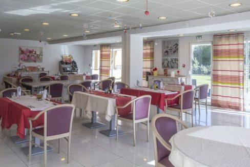 restaurant-residence-senior-les-terasses-saint-louis