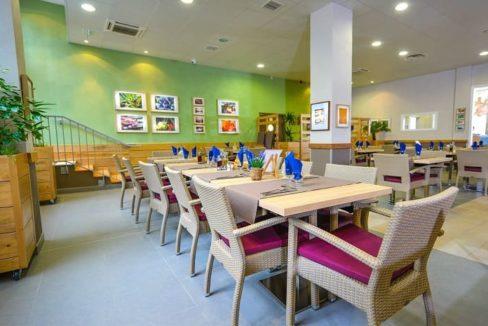 restaurant-residence-senior-marseille-j