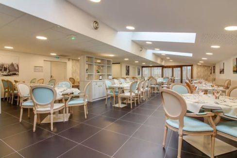restaurant-residence-senior-st-malo-girandieres
