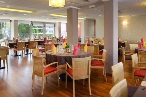 restaurant2 domitys - rose du beffroi