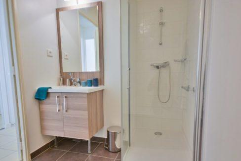 salle de bain-residence- Les domaines de l'etier-cogedim club