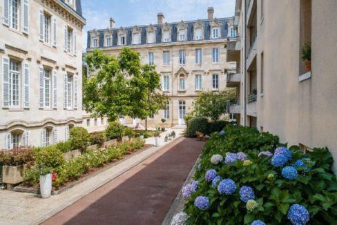 facade-residence-senior-bordeaux-domusvi