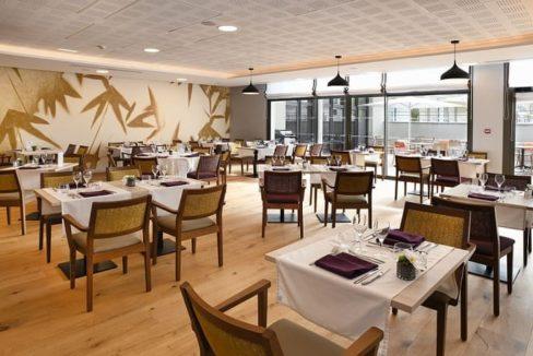 restaurant-residence-senior-raisins-bleus-domitys