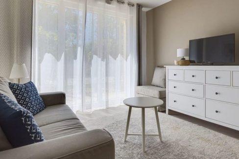 Salon appartement-residence senior- Jardins de chevreuse-OVELIA