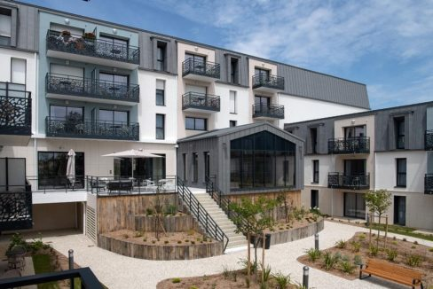 exterieur-residence-senior-olonne-domitys